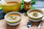 Sweet 'n Spicy Acorn Squash Soup