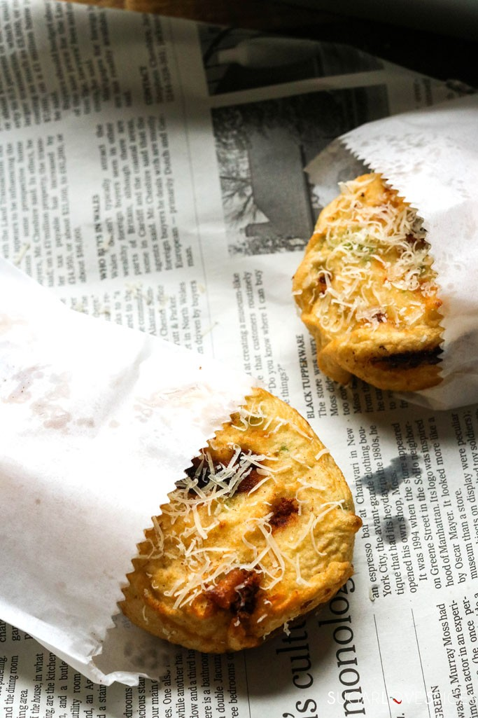 NEAPOLITAN-STYLE DEEP FRIED MACARONI AND CHEESE