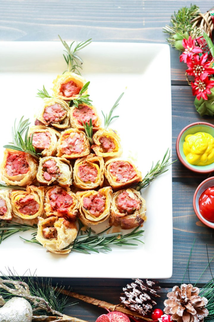 Party Pleaser Italian Sausage Rolls-christmas tree shape