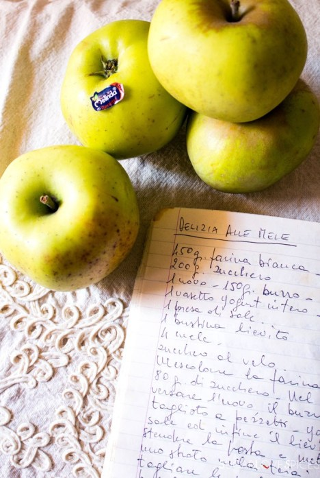 Delizia Alle Mele (Apple Cake Delight)