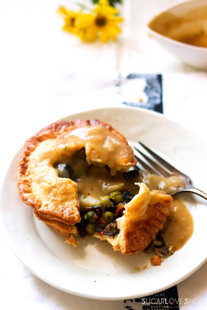 Mini Mushroom Pies with Pea and Potato-with gravy