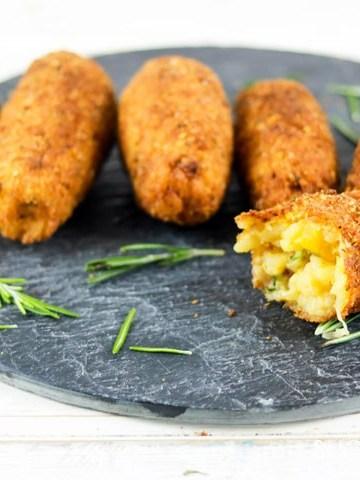 Suppli (Roman Rice Croquettes)-closeup open