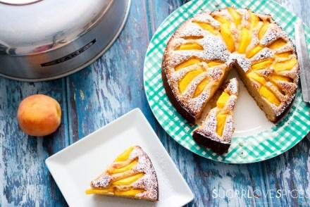 Spelt flour peach yogurt cake-feature