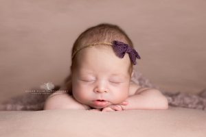 newborn photographer dudley Birmingham west midlands baby photography posing