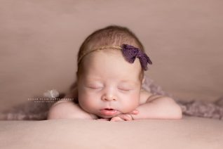 newborn photographer dudley Birmingham west midlands baby photography posing
