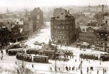 Blick vom Spittlertorturm auf den Plärrer, um 1925.