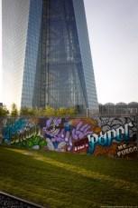 Graffiti am EZB-Neubau 3