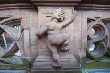Orte der Renaissance Nürnberg - Pellerhaus Fassadenkletterer