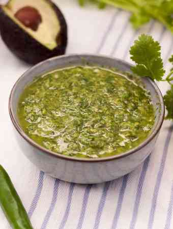 Mojo Verde - a punchy, herb sauce perfect for meat, fish or potatoes