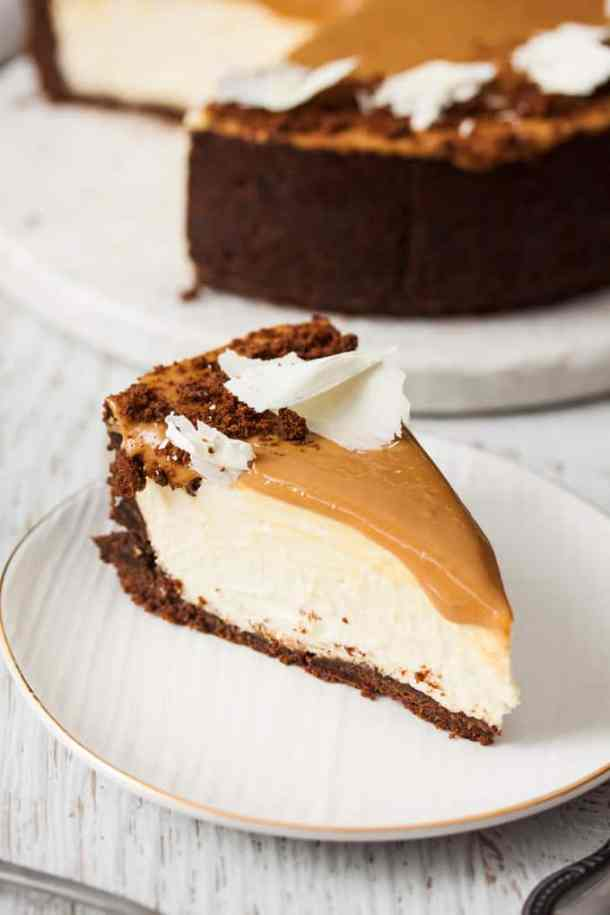 This Dulce De Leche White Chocolate Cheesecake recipe is the best cheesecake recipe I've EVER! It gets better. This is an easy no bake cheesecake with only 7 ingredients.