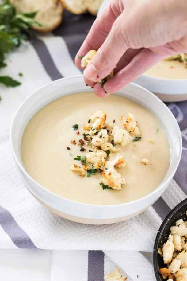 Roasted Garlic and Potato Chowder is thick, creamy and hearty and the perfect comfort food. This is a potato soup like no other.
