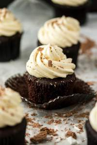 Chocolate Mint Cupcakes are a delectable combination of light and fluffy chocolate cupcakes, peppermint chocolate ganache and peppermint buttercream. This is a must make treat.