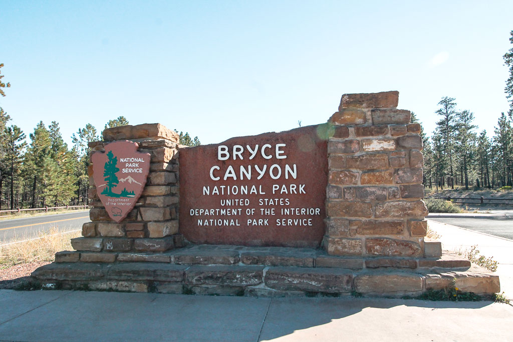 Bryce Canyon entrance sign