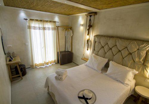 Avanti Hotel Ios