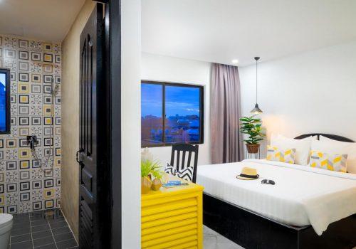 popular hotel & spa