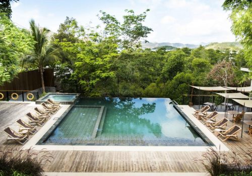 best places to stay in the Philippines - The Funny Lion