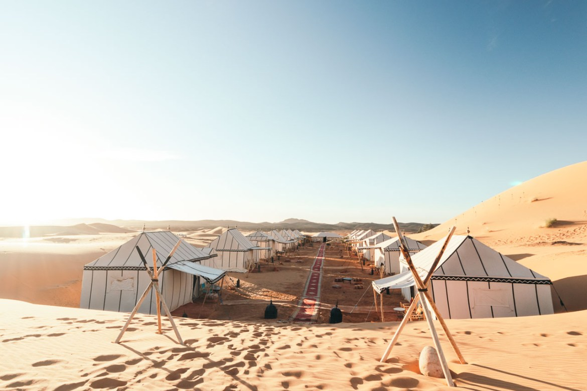 Camping in the desert of Morocco: Desert Luxury Tented Camp