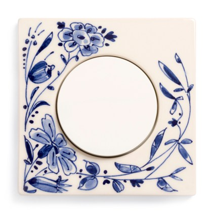 Image: Berker R.3 Handpainted Delft Blue ceramics, single model + Berker R-series light switch
