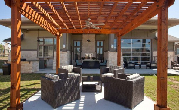 a-clubhouse-outdoor-seating-area-lrg