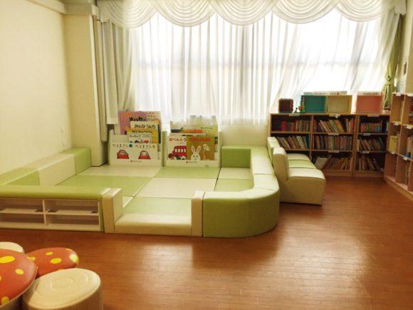 筑波附属図書室