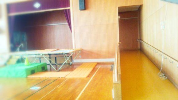 市立養護・体育館