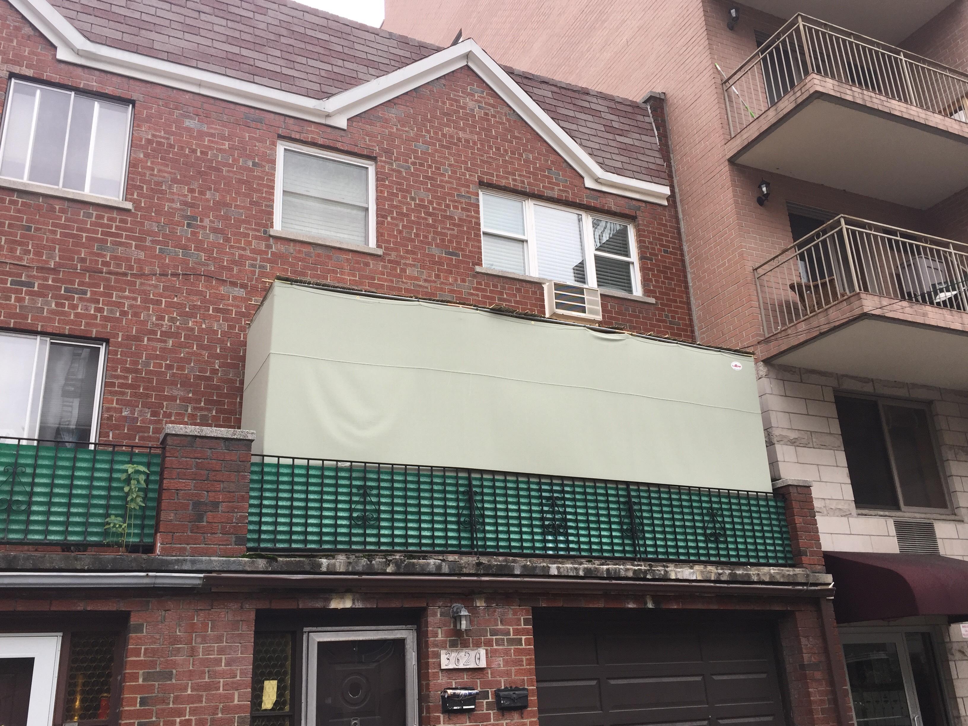 Custom balcony sukkah in NYC