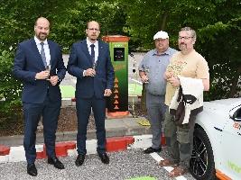 V Safari Parku Dvůr Králové byla zprovozněna veřejná dobíjecí stanice ČEZ pro elektromobily
