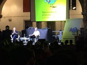 Dan Savage Internazionale a Ferrara Festival 2016 Piazza Municipale