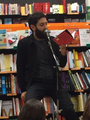 Vasco Brondi, libreria Feltrinelli Verona.