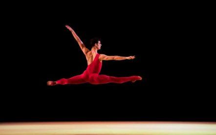 davide-dato-danzatore-italiano-dellanno