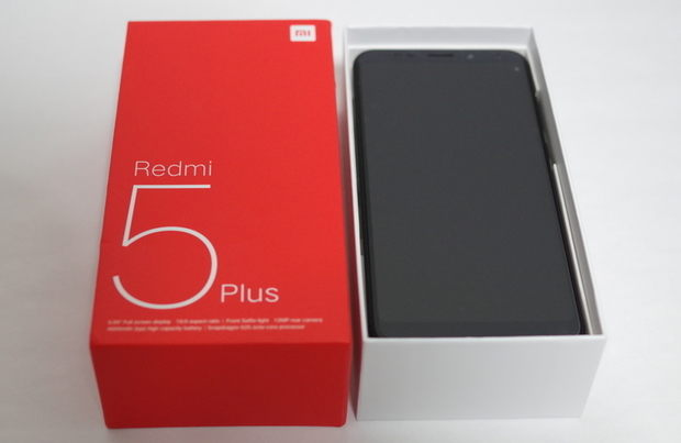 Xiaomi Redmi 5 Plus 外箱開封