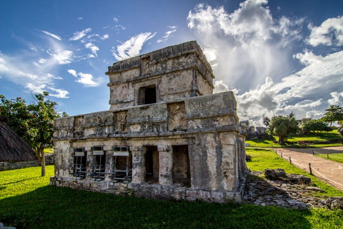 A lovely sunrise at the Tulum archaeological site, in our Mexico Tour