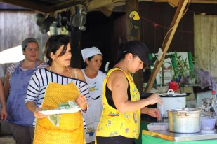 Cooking classes from the local women of Juanilama, near la Fortuna Costa Rica