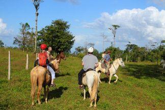 Horse-riding around the Tenorio Volcano National Park