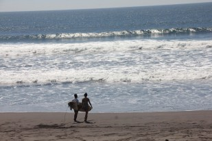El Paredon beach is one of the best surf spots in Guatemala, a great place to learn from local professional surfers
