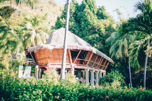 The yoga room by the beach, to enjoy wellness activities of the retreat in Costa Rica - Self Mastery International - Sumak Travel