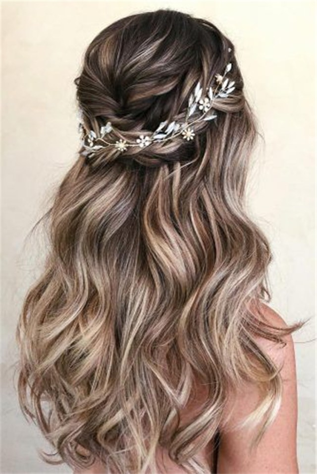 25 glamorous wedding hair half up half down hairstyles sumcoco