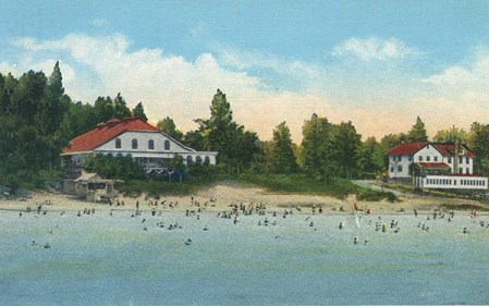 The Peras built the Pier Ballroom (left) and the Lakefront Hotel in the 1920s.