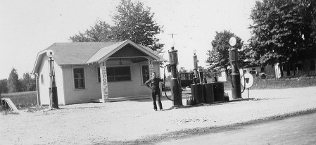 Zimmerman's Sohio station was the longest-lived service station on The Strip. It dates back to the 1920s.