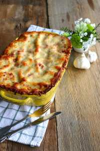 beef, lasagna, home cooked, prepared foods, catering, order, own dish