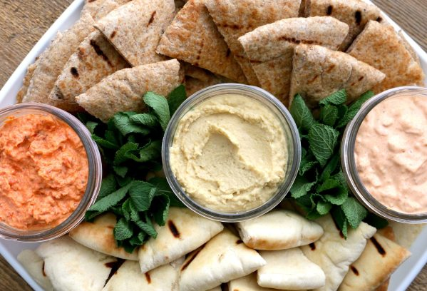 spreads, dip, pita, platter, party, catering