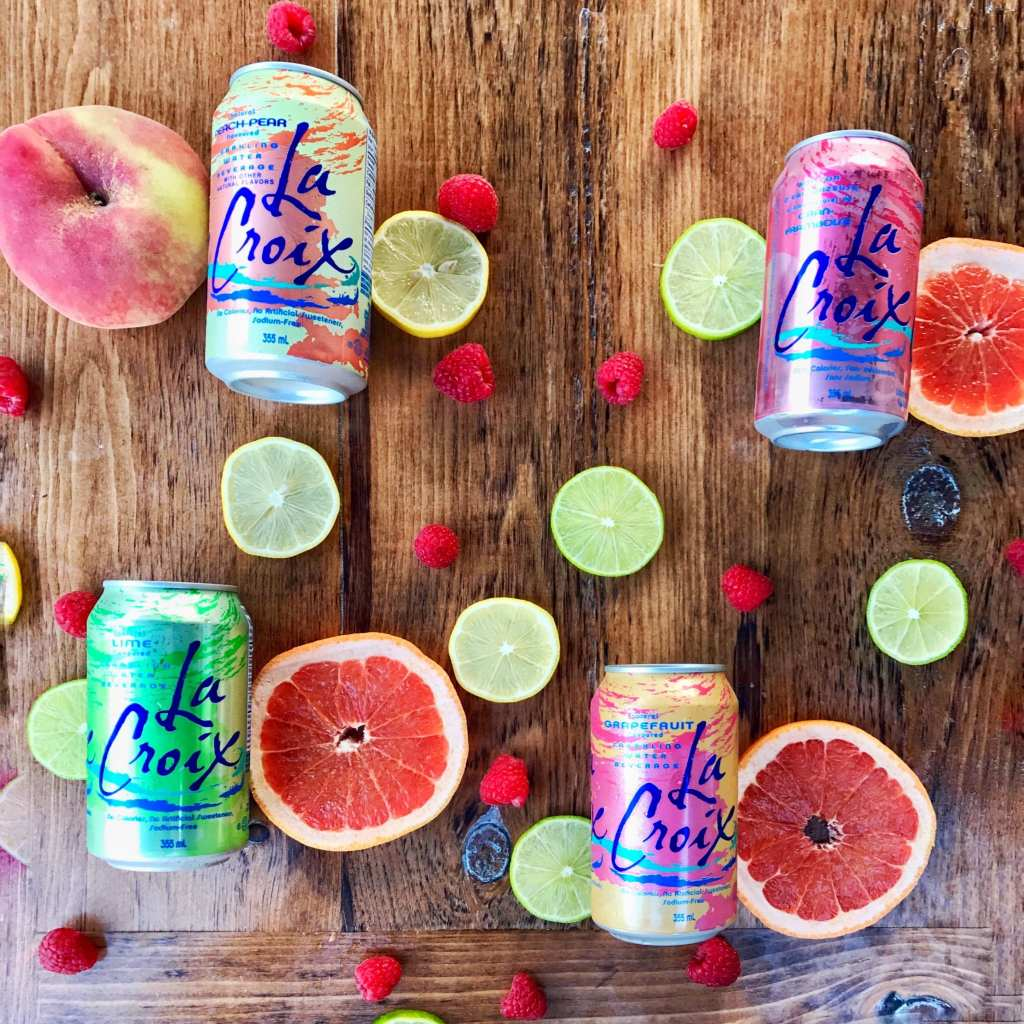 La Croix, water, sparkling, drinks, summer, entertaining