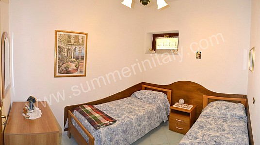 Casa Rica B Self catering apartment in Positano Amalfi Coast Italy
