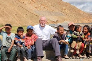 Alan with Tibetan kids