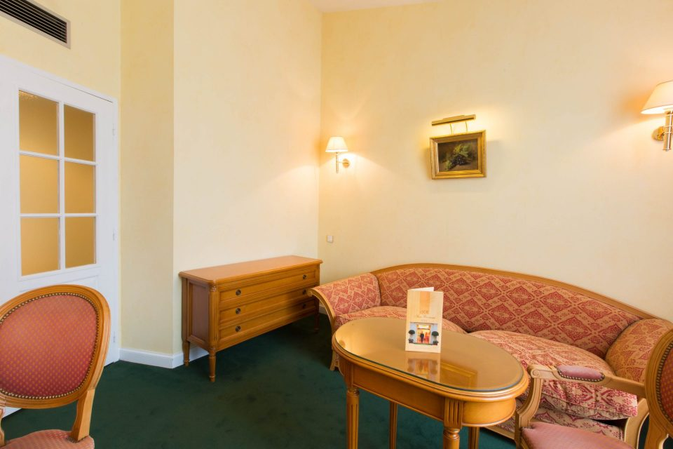 The Junior Suite