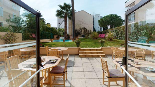 hotel 4 etoile cannes avec jardin sun riviera