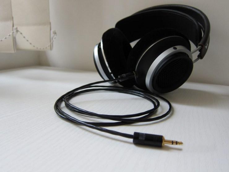 Philips Fidelio X1 with custom cable