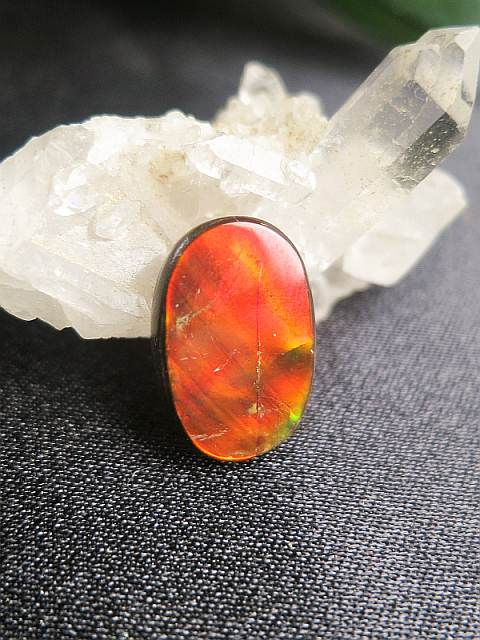 orange-roter Ammolith-SunayLaLuna