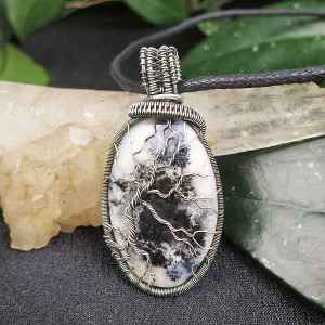 Dendriteopal-Pendant TreeOfLife Silverjewelry SunayLaLuna