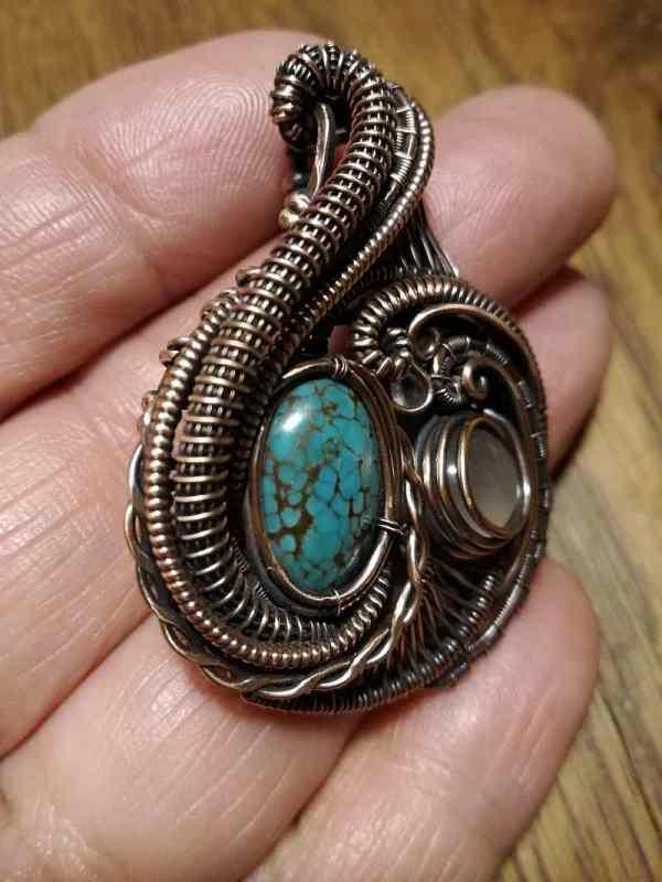 Turquoise-Rosequarz-Medallion-Exclusivejewelry-sunaylaluna